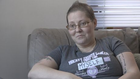 Single mom recovering from cancer to take in Jets game thanks to kind stranger - http://www.newswinnipeg.net/single-mom-recovering-from-cancer-to-take-in-jets-game-thanks-to-kind-stranger/