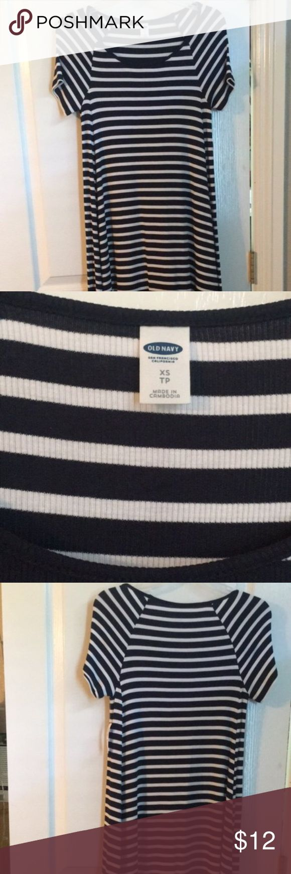 Navy blue and white t shirt dress Super flowy and midi length Old Navy Dresses Midi