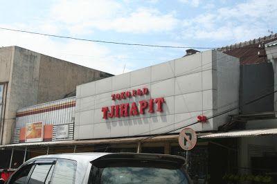 Dydie The Kitchen Hero: Pasar Cihapit, Sebuah Kapsul Waktu Menuju Bandung ...