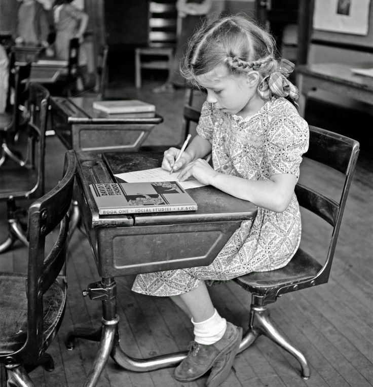 Vintage Photos: Charles Fenno Jacobs Southington, Connecticut. School girl studying, May 1942