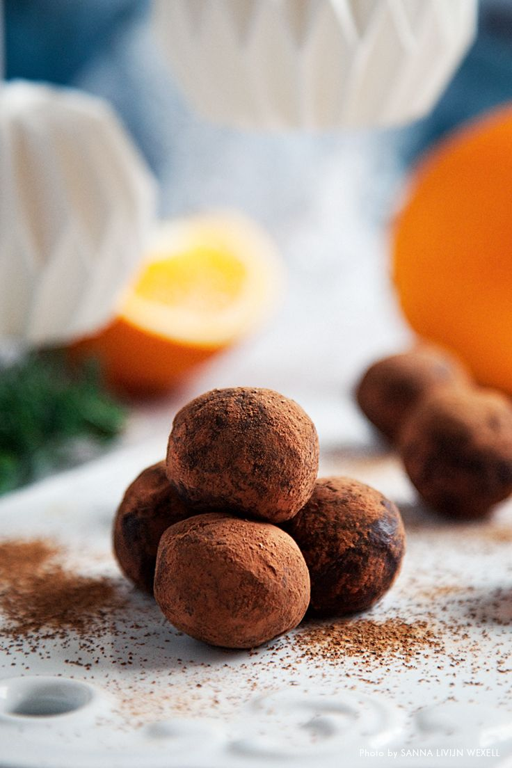 Mörk chokladtryffel med kanel och apelsin
