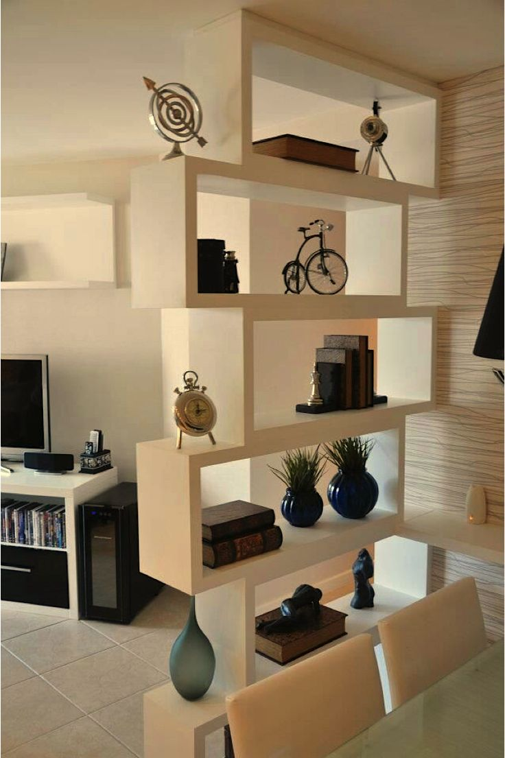 17 Ideas For Decorating Small Apartments & Tiny Spaces | Tiny spaces, Small  apartments and Apartments