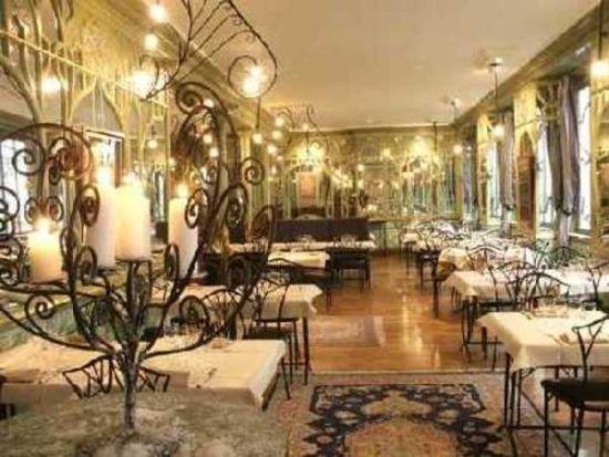 parisian art nouveau restaurant with an interior decor that dates to bouillon racine amazing interior with delicious food - Beaded Inset Restaurant Interior