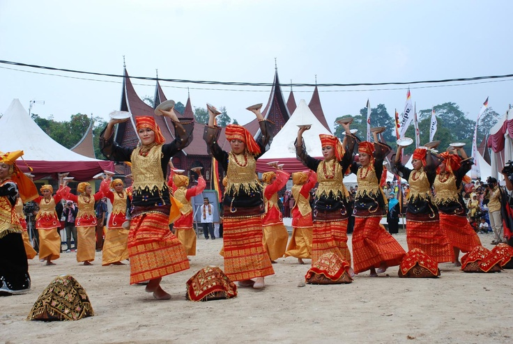 """Tari Piring"" ,traditional dance from Minangkabau,West Sumatra"