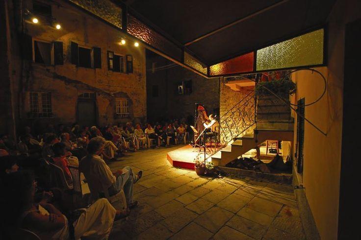 Antonella Questa al Teatro Corte Paganini di Castè