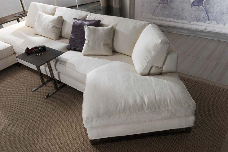Perfekt #DavisFree Sofa By #FrigerioSalotti #furniture #madeinitaly #sofa  #homedecor #livingroom · Zeitgenössische MöbelMöbelkollektionSofas