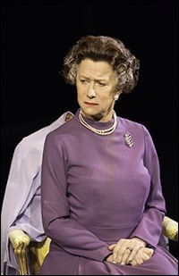 Producers of Peter Morgan's drama The Audience, which stars Academy Award winner Helen Mirren as Queen Elizabeth II, announced that the play will now begin Broadway previews Feb. 14, 2015, two days earlier than announced.
