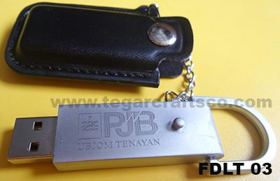 A 8GB USB Flashdrive with chain and leather cover. This is the stuff that is needed by almost everyone, especially office staff or employees.