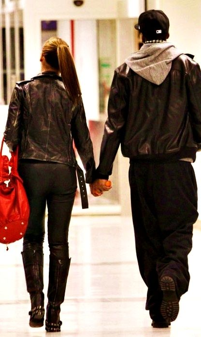"""bonjourlovers:    """"I want a relationship like Beyonce's & Jay Z. People know of us, but don't know our business."""" - Drake"""