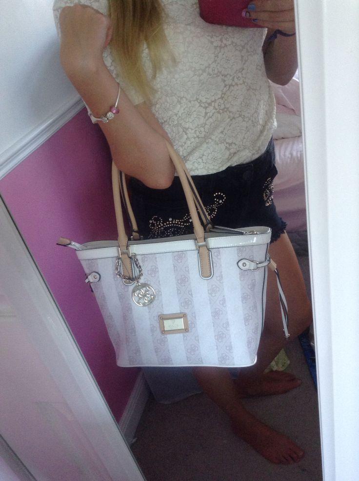 Beautiful LOGO REMIX guess purse