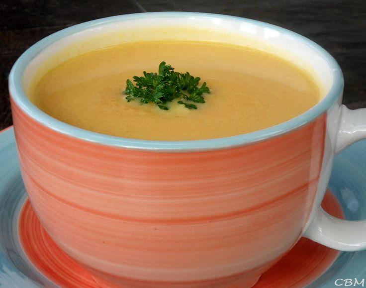 J'ai bien aimé ce potage. Le goût, la texture, tout est parfait !   Potage de carottes et de navet à l'érable Donne 4 à 6 portions.   Ingr...