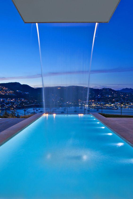 VILLA DE LA LUZ | MALLORCA - in Toplage am Hafen von Port d'Andratx, der sich vom Infinity Pool mit Wasserfall wunderbar betrachten lässt