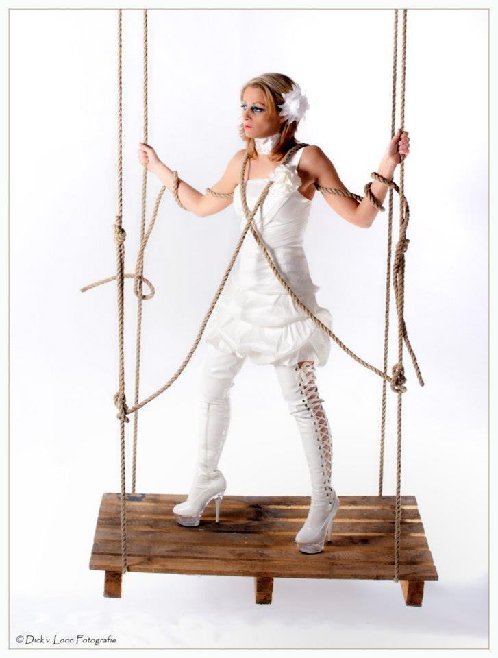 Fotograaf & Copyright: Dick van Loon   Model: Sylvia van Heemst  MUA & Hair: Tasmara van Loon  All Rights Reserved