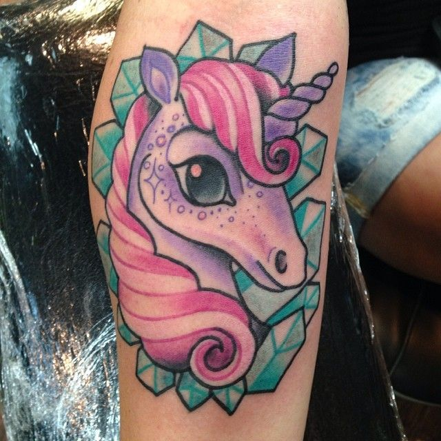 realistic unicorn tattoo - 640×640