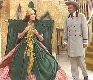Carol Burnett.: Carol Burnett Show, Favorite Tv, Window, Curtains Rods, Dresses, Funniest Things, Funny Stuff, Harvey Korman, Bobs Mackie