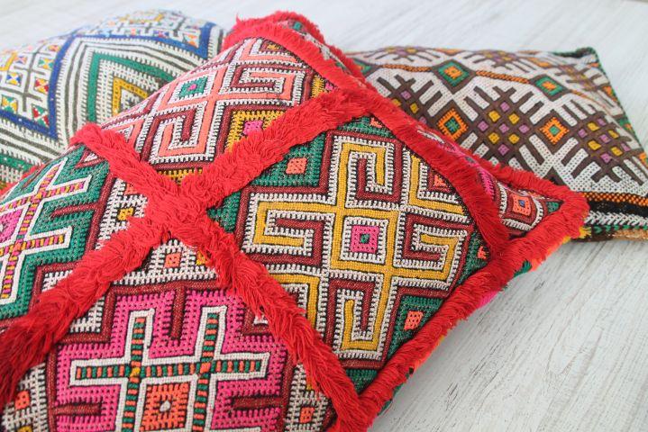 colección de cojines bereberes. dar amïna shop