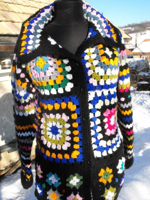 Bláznivý a krásny háčkovaný retro sveter. Autorka: margori. Háčkovanie, sveter, ručné práce, diy, hand made. Artmama.sk