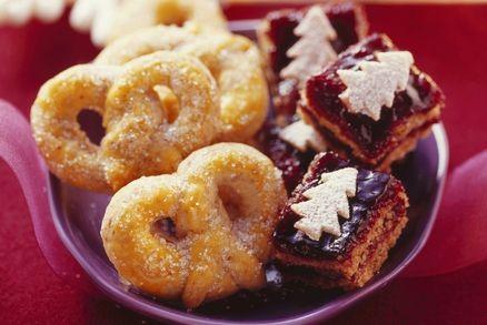 Mandlové preclíky a Ořechové kostky