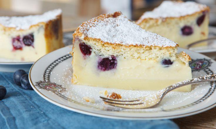 Diesen magischen Kuchen wirst du lieben! Aus nur einem Teig werden wie von zauberhand mehrere Schichten. Wir haben das Rezept mit Gelinggarantie und alle wichtigen Tipps.