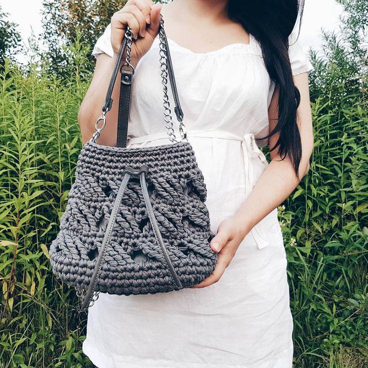 """223 отметок «Нравится», 11 комментариев — Надежда (@cherkasoffa) в Instagram: «Не стала я дожидаться утра, чтобы показать мой вариант торбы. К этим сумкам у меня """"особое""""…»"""