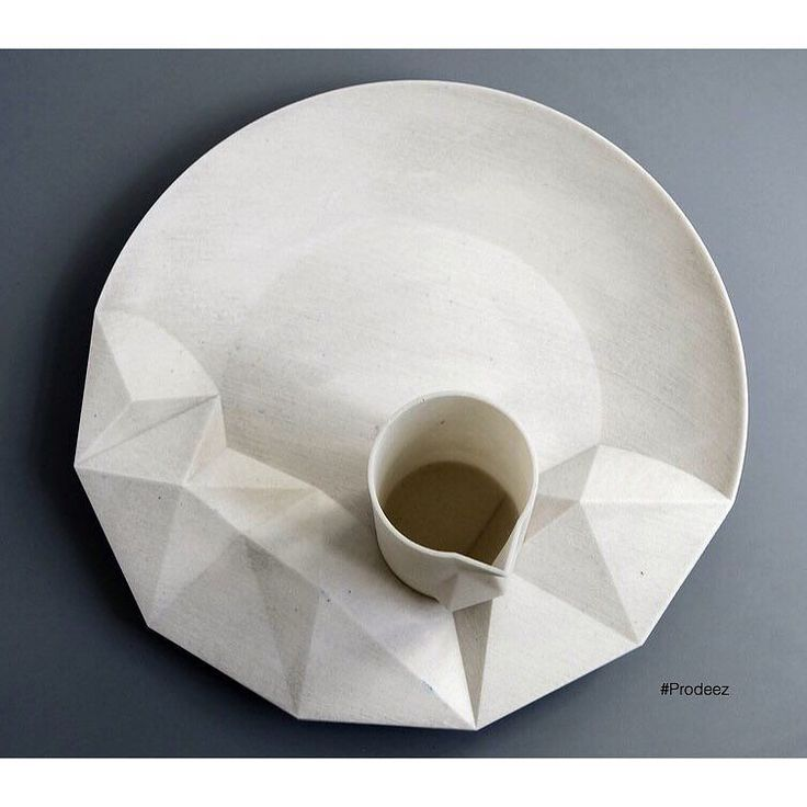 From Prodeez Product Design: Euclid Tableware by Ewelina Wisniowska. #furniture #tableware #3dprint #creative #design #ideas #designer #ewelinawisniowska #interior #interiordesign #product #productdesign #instadesign #furnituredesign #prodeez #industrialdesign #architecture #style #art