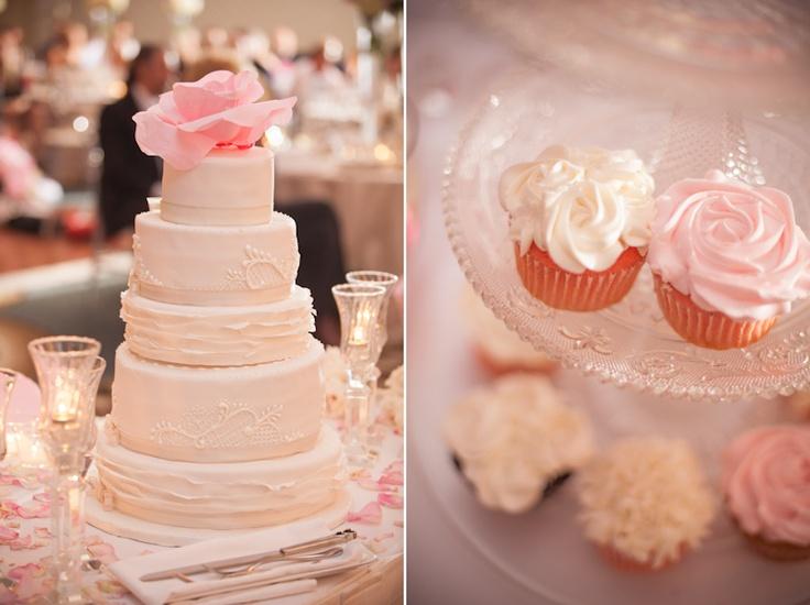 Granite Club wedding reception cakes