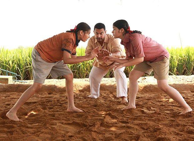 DANGAL 2ND SUNDAY BOX OFFICE COLLECTION: DAY 10 BEATS KRRISH 3 #Dangal #Krrish3 #BoxOffice #AamirKhan
