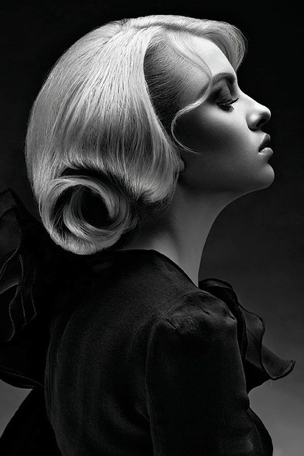 Photography: Diliana Florentin Hair: Georgi Petkov Make up: Slav Styling: Antonia Yordanova