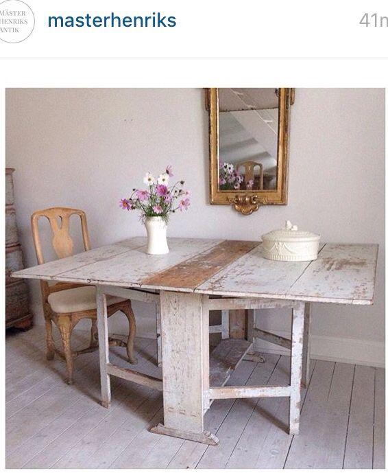 Mäster Henriks - Swedish folding gate leg gateleg dropleaf drop leaf table from the BEST Antique Dealer (and blogger) in Sweden