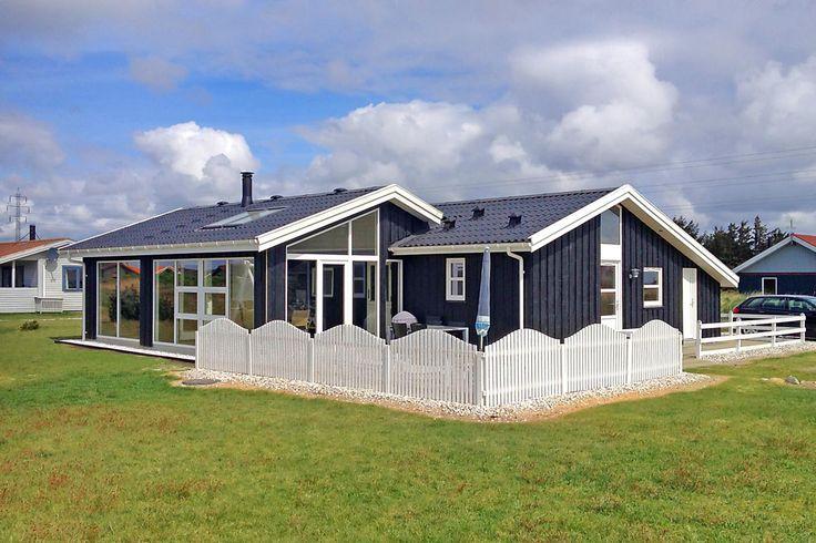 *Last Minute* ab Samstag: Schönes Ferienhaus mit Wintergarten, 2014 renoviert in Klegod an der dänischen Nordsee:    Weitere Last Minute Angebote hier: http://www.danwest.de/last-minute  #Nordsee #LastMinute