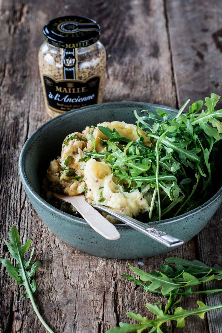 Du brauchst noch eine gute Beilage zum Lammbraten? Mit dem Kartoffel-Senf-Püree liegst du goldrichtig! Der Rucola sorgt für den extra Pfiff.