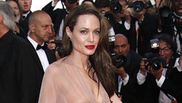 Angelina Jolie: When She'll Be Ready For A Serious Relationship After Brad Pitt Split https://tmbw.news/angelina-jolie-when-shell-be-ready-for-a-serious-relationship-after-brad-pitt-split  Single and ready to mingle? It's been months since Angelina Jolie and Brad Pitt called it quits, but we've EXCLUSIVELY learned that she's still enjoying her newfound freedom. We've got the scoop on when Angie will be ready for a serious relationship!Angelina Jolie, 42, and Brad Pitt, 53, have come a long…