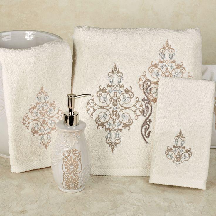 Galileo Bath Towel Set by J Queen New York
