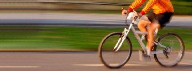 Ya no sufras por el precio de la gasolina; deja atrás el colesterol y olvídate del estrés: usa la bicicleta.   En nuestro blog de Lemi te compartimos 9 beneficios de andar en bicicleta.