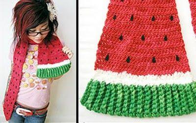 Bufanda de sandía: no sólo es una bufanda tejida a mano, sino que cada semilla fue cortada a mano y aplicada una por una a la bufanda.