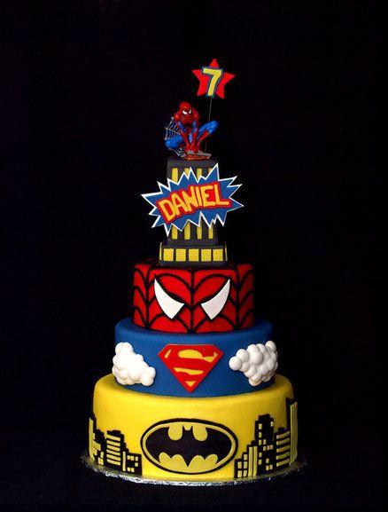 TIRA O SURPERMAN QUE TÁ BELEZA.  Super Hero Birthday bash - by StuckOnTheFarm @ CakesDecor.com - cake decorating website
