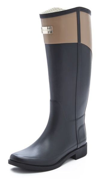 """okay....seriously need these now. I be """"need"""" I mean its been raining for 3 days and I don't have rain boots!! Hunter Boots Cece Boots"""