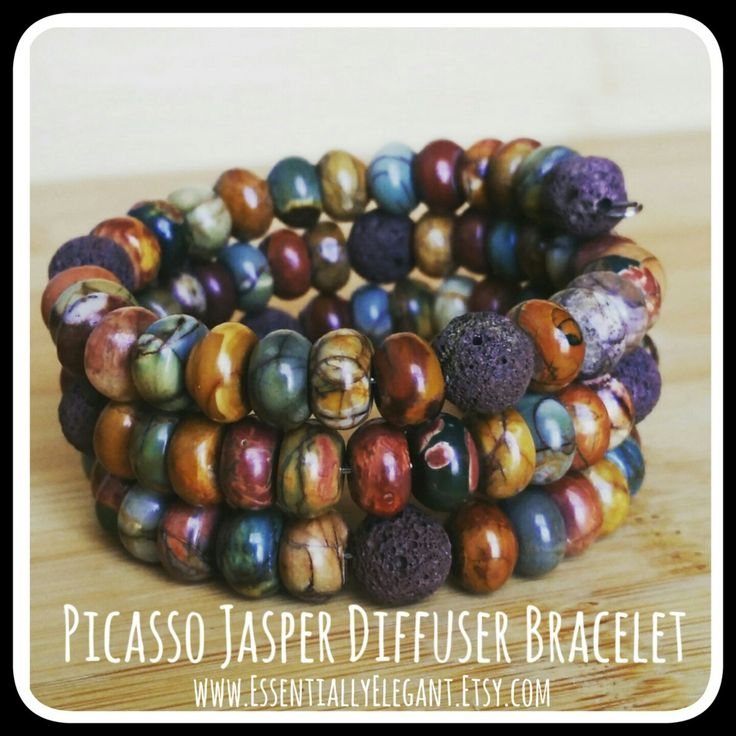 A diffuser bracelet is a perfect way to take your essential oils on the go! Just a drop of your favorite scent on the lava rock beads will give you hours of aromatherapy!   www.EssentiallyElegant.Etsy.com