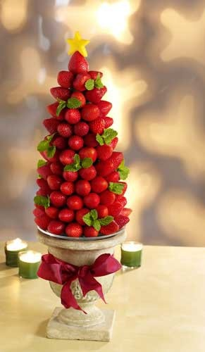 Christmas tree crafts idea, strawberry Christmas tree craft idea for 2013 Christmas