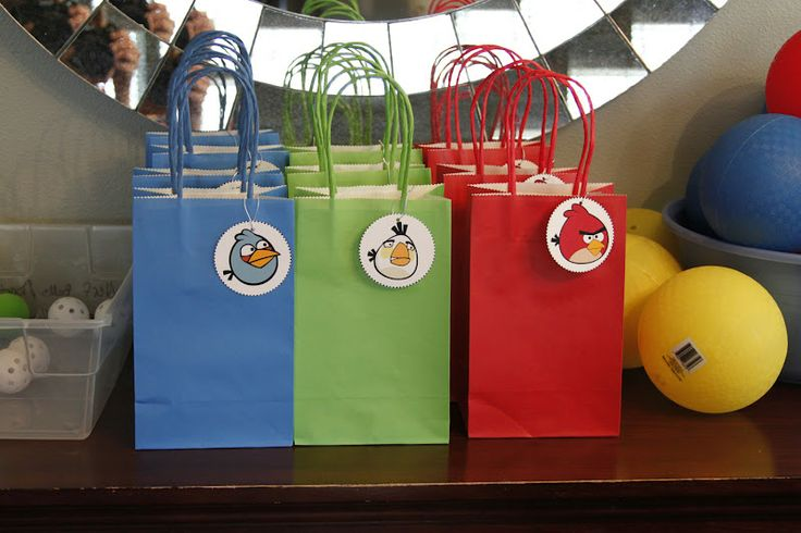 What I Made Today: Angry Birds Birthday Party - CUTE gift bags! <3