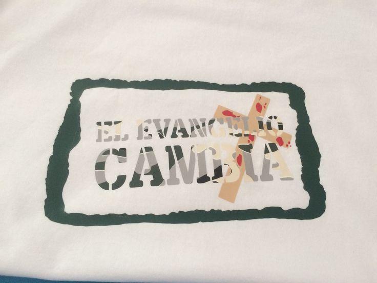 Playera El Evangelio Cambia estampada en vinil textil