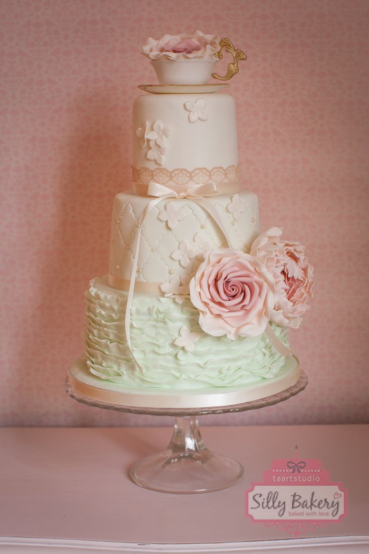 Wedding cake vintage teacup