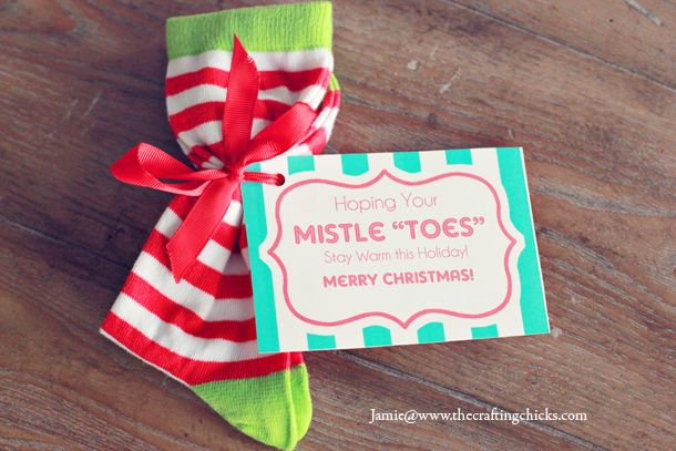 Mistle Quot Toes Quot Christmas Socks Gift Tag Amp Free Printable
