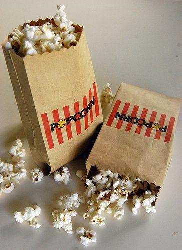 bolsitas de papel decoradas para las palomitas