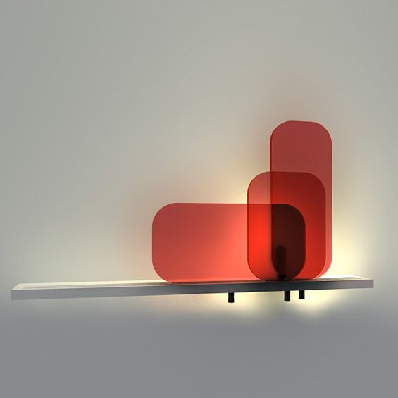 """Dans le cadre du 7ème concours Design Jeunes Cinna, Harmonie Henrio a imaginé l'applique murale """"65%"""", un luminaire composé d'une traverse d..."""