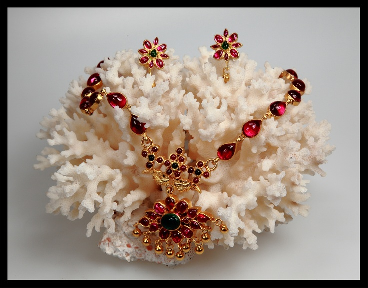 Temple Styled necklace