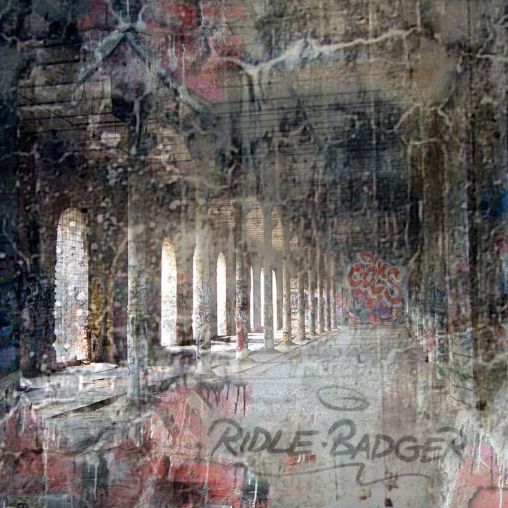"groayla lillesund - Digital art - ""SECRETS"" 34 x 34"