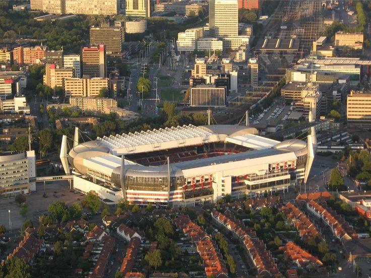 PSV stadion.  Luchtfoto kijkend vanuit de Zuid Tribune