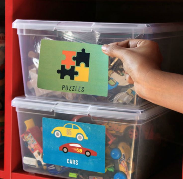 It's never too early to teach the kids to be organized, especially when it coms to their toys. Our printable playroom labels make it super easy! - Everyday Dishes & DIY