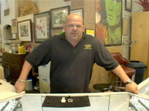 Olivia Pawn Stars Employee 105 best images about ...